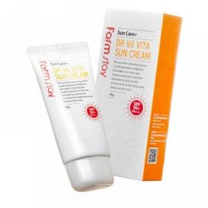 Витаминизированный солнцезащитный крем для кожи лица с легкой текстурой Farm Stay  DR-V8 Vita Sun Cream SPF50+, PA+++