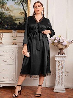 Платье размера плюс с поясом и сетчатой отделкой
