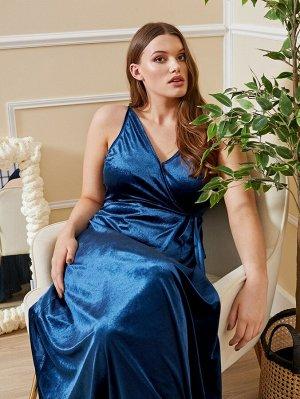 Бархатное платье с завязками по бокам