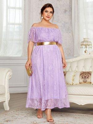 Кружевное платье с поясом размера плюс