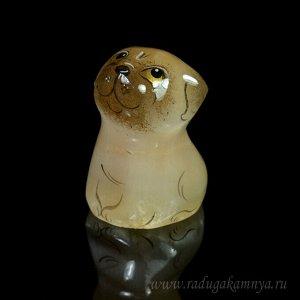 """Скульптура из селенита """"Собака Мопс"""" мини 25*25*38мм."""