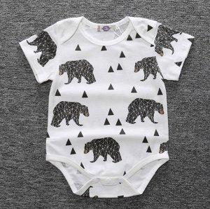 """Детский боди, с коротким рукавом, принт """"Геометрический медведь и треугольники"""", цвет белый"""