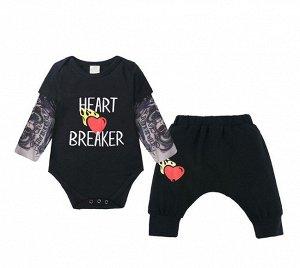 """Костюм для мальчика, боди и штаны, надпись """"Heart Breaker"""", цвет черный"""