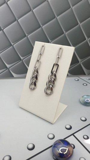 Серьги Серьги Xuping Материал :медицинский сплав Цвет серебро  Длина 5,5см Ширина 1см Вес 9г