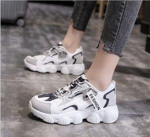 """Женские кроссовки, надпись """"Fashion"""", цвет белый/серый"""