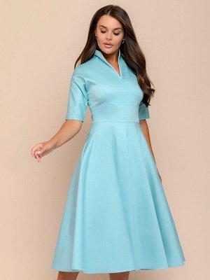 Платье мятного цвета длины миди с белой вставкой