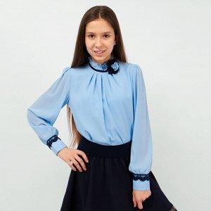 Блузка Соль&Перец длинный рукав с брошью голубой