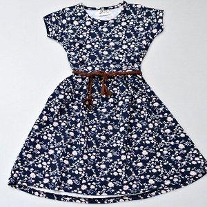 Платье Платье с коротким рукавом: - выполнено из качественного и легкого хлопкового трикотажа с добавлением лайкры в составе, за счет чего отлично садится по фигуре - красивый принт в мелкий цветочек