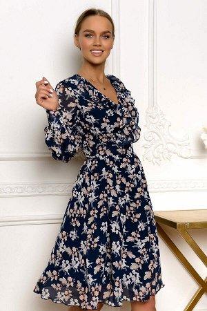 Платье Лёгкое, полупрозрачное, полностью на подкладке, модель этого платья, за счёт интересного кроя смотрится очень выигрышно. Лёгкая рюша по линии груди зрительно увеличивает и придаёт объем, широки