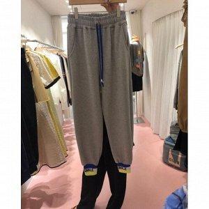 """Женские спортивные брюки с надписью на резинке """"Smile"""", цвет серый"""