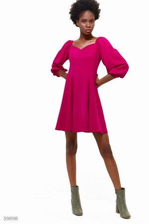 Платье мини яркого цвета фуксия