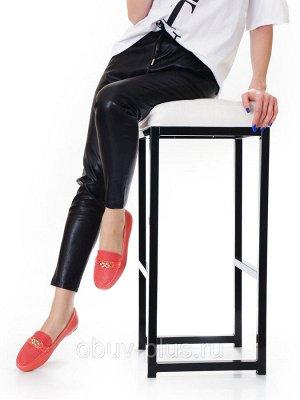 Мокасины Страна производитель: Россия Размер женской обуви x: 35 Полнота обуви: Тип «G» Вид обуви: Мокасины Сезон: Весна/осень Материал верха: Натуральная кожа Материал подкладки: Натуральная кожа Цве