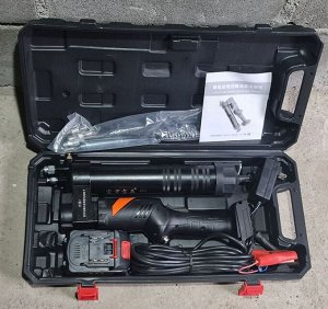 Электрический шприц для смазки авто 24V