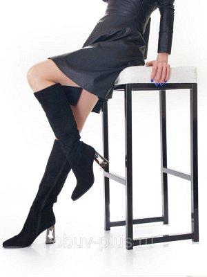 Сапоги Страна производитель: Китай Размер женской обуви x: 35 Полнота обуви: Тип «F» или «Fx» Сезон: Весна/осень Вид обуви: Сапоги Материал верха: Замша Материал подкладки: Байка Каблук/Подошва: Каблу