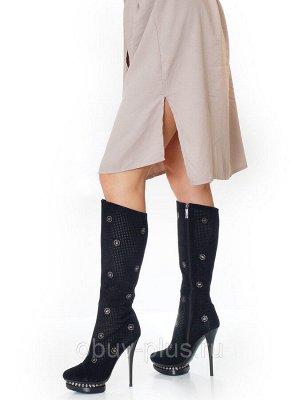 Сапоги Страна производитель: Китай Размер женской обуви x: 35 Полнота обуви: Тип «F» или «Fx» Сезон: Весна/осень Вид обуви: Сапоги Материал верха: Замша Материал подкладки: Натуральная кожа Каблук/Под
