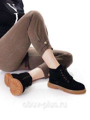 Ботинки Страна производитель: Китай Размер женской обуви x: 37 Полнота обуви: Тип «F» или «Fx» Вид обуви: Ботинки Сезон: Весна/осень Материал верха: Замша Материал подкладки: Байка Тип носка: Закрытый