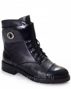 Ботинки Страна производитель: Китай Размер женской обуви x: 36 Полнота обуви: Тип «F» или «Fx» Вид обуви: Ботинки Сезон: Весна/осень Материал верха: Натуральная кожа Материал подкладки: Байка Каблук/П