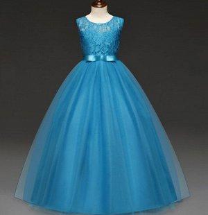 Детское праздничное платье, цвет голубой