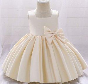 Детское платье, декор банты, цвет кремовый