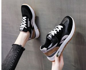 Женские кроссовки с надписью, цвет черный/коричневый