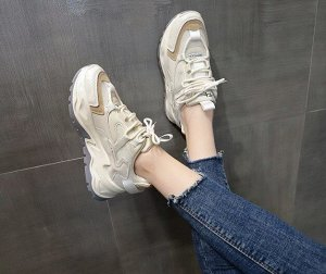 Женские кроссовки, цвет бежевый