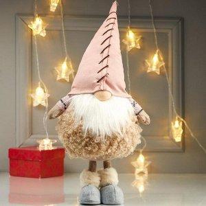 """Кукла интерьерная """"Дедушка в меховой шубе и розовом колпаке"""" 48х16х21 см"""