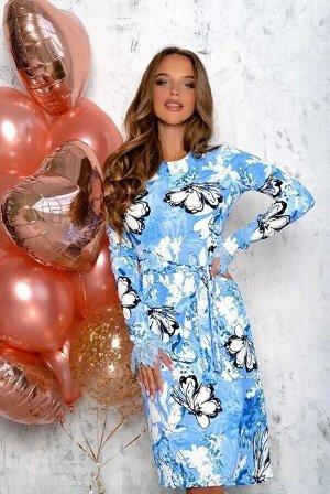 Платье Шикарное платье из плотного трикотажного полотна. Идеальная посадка за счёткроя и вытачек . Обратите внимание , на необычно выполненные рукава ! Это красивая отделка гипюровым полотном .