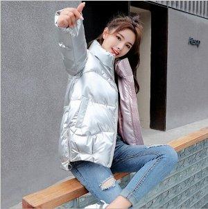 Женская демисезонная куртка, с асимметричным низом и воротником стойкой, цвет серебряный