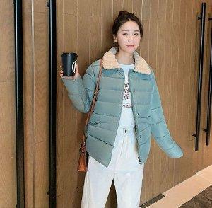 Женская осенняя стеганая куртка, с воротником из искусственного меха, цвет зеленый