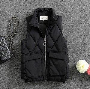 Женский стеганый жилет, с накладными карманами и воротником-стойкой, цвет черный