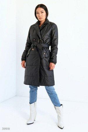 Стильное черное пальто с поясом