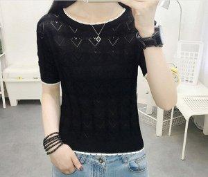 """Женская футболка, принт """"Сердца"""", цвет черный"""