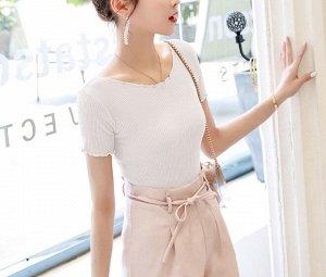 Женская футболка, с рюшами, цвет белый