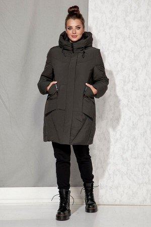Пальто Пальто Beautiful&Free 4065 графитовый  Состав: ПЭ-100%; Сезон: Осень-Зима  Полупальто женское, зимнее, из гладкокрашеной полиэфирной ткани с синтетическим наполнителем, который практически нео