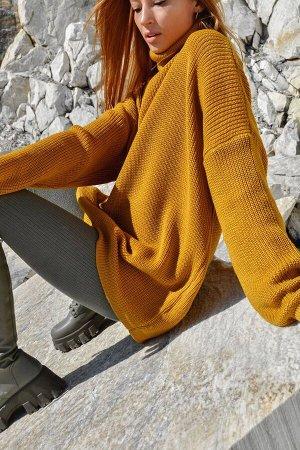 Свитер Свитер и тонкая водолазка - универсальные трикотажные изделия, относятся к базовым предметам женского гардероба, особенно популярным в холодное время года. Отшиваются из мягких и эластичных мат