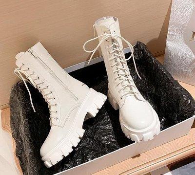 Абсолютный ХИТ Высокие ботинки на шнуровке за 1678р