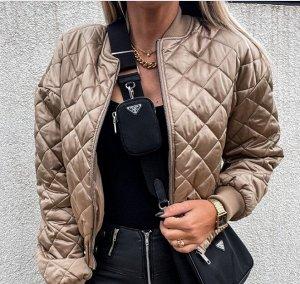 Женская демисезонная стеганая куртка на замке, цвет абрикосовый