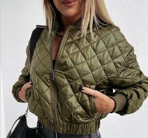 Женская демисезонная стеганая куртка на замке, цвет зеленый