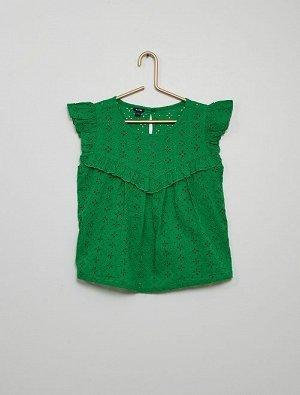 Блузка Материал верха 100% ХЛОПОК; Невероятно женственная блузка! <br>- Блузка с английской вышивкой <br>- 100% хлопок, выращенный в рамках стандартов органического земледелия <br>- Короткие рукава-кр