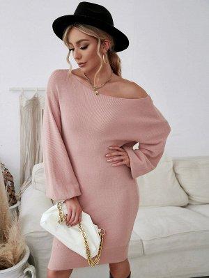 Платье-свитер с вырезом 'лодочка'
