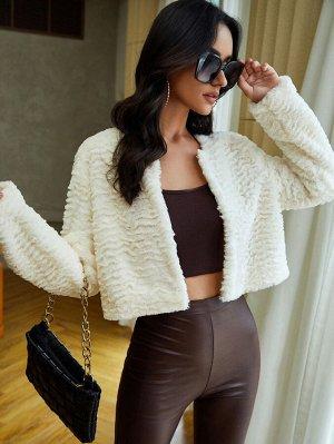 Пальто короткий плюшевый