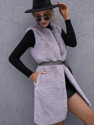 Пальто без рукавов плюшевый