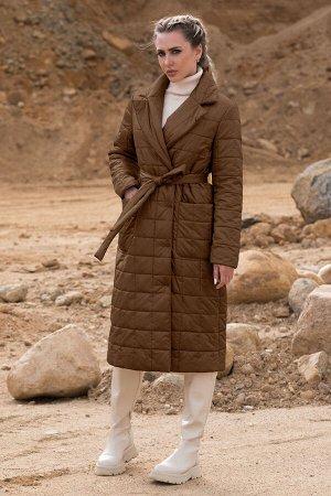 Пальто Пальто Golden Valley 7123 №3  Состав: ПЭ-100%; Сезон: Осень-Зима Рост: 170  Пальто утепленное с центральной двубортной застежкой на пришивные пуговицы, отложным воротником и лацканами. По пере