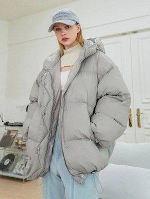 Зимнее пальто на молнии с капюшоном