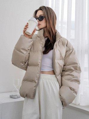Пуховое пальто с высоким воротником на молнии