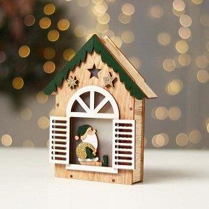 Новогодний декор с подсветкой «Домик с дед морозом» 14.5?3.8?18 см, зелёный