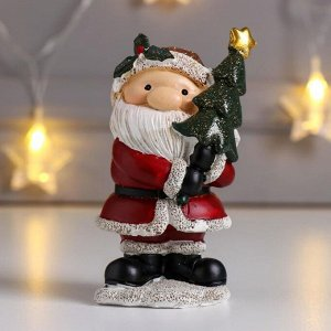 "Сувенир полистоун ""Дед Мороз в красной шубе, с ёлочкой"" 10,5х5,5х7 см"
