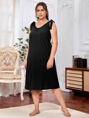 Платье размера плюс с вырезом на спине