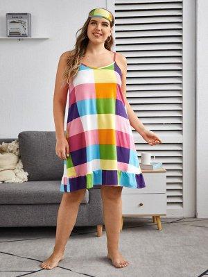 Платье размера плюс на бретелях в клетку с оборками