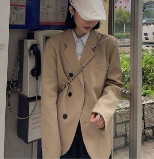 Женский пиджак, с декоративным нагрудным карманом, на 3-х пуговицах, цвет хаки